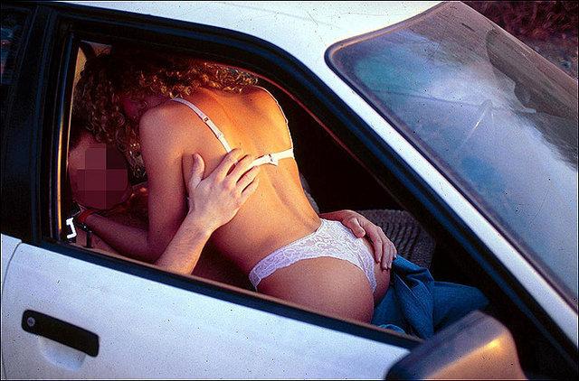 секс в авто салоне