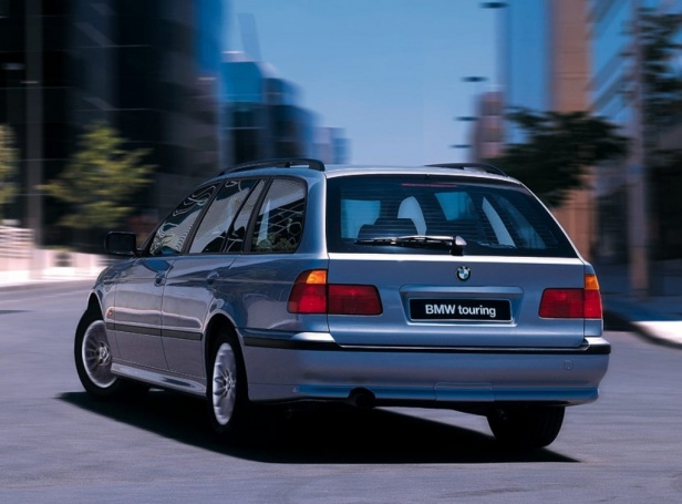 BMW 520i Touring E39