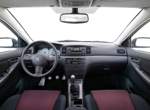 Toyota Corolla E12 Wnętrze