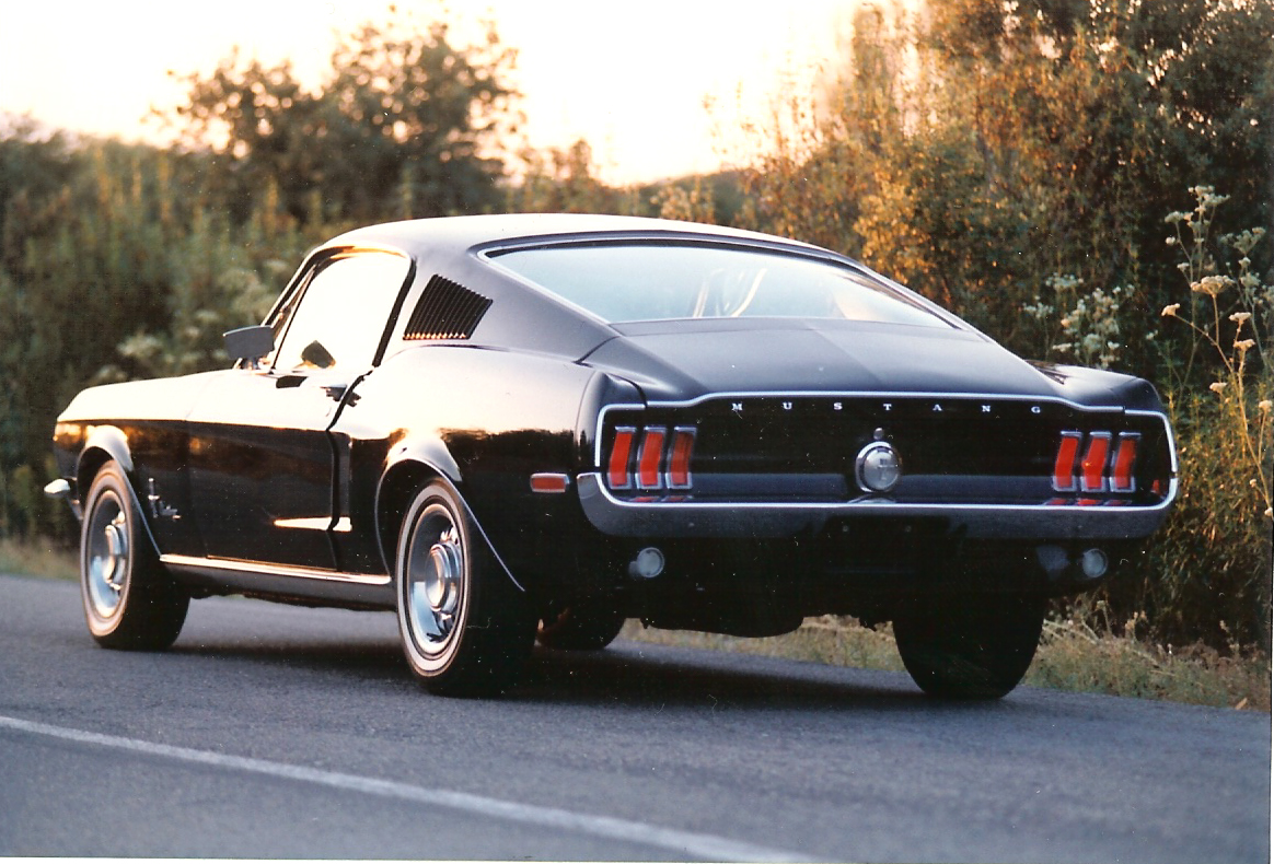 Ford Mustang Z Lat 60