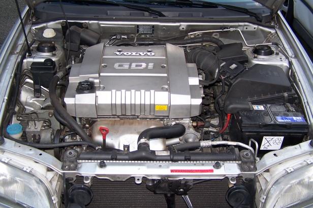 Silnik 1,8 GDI