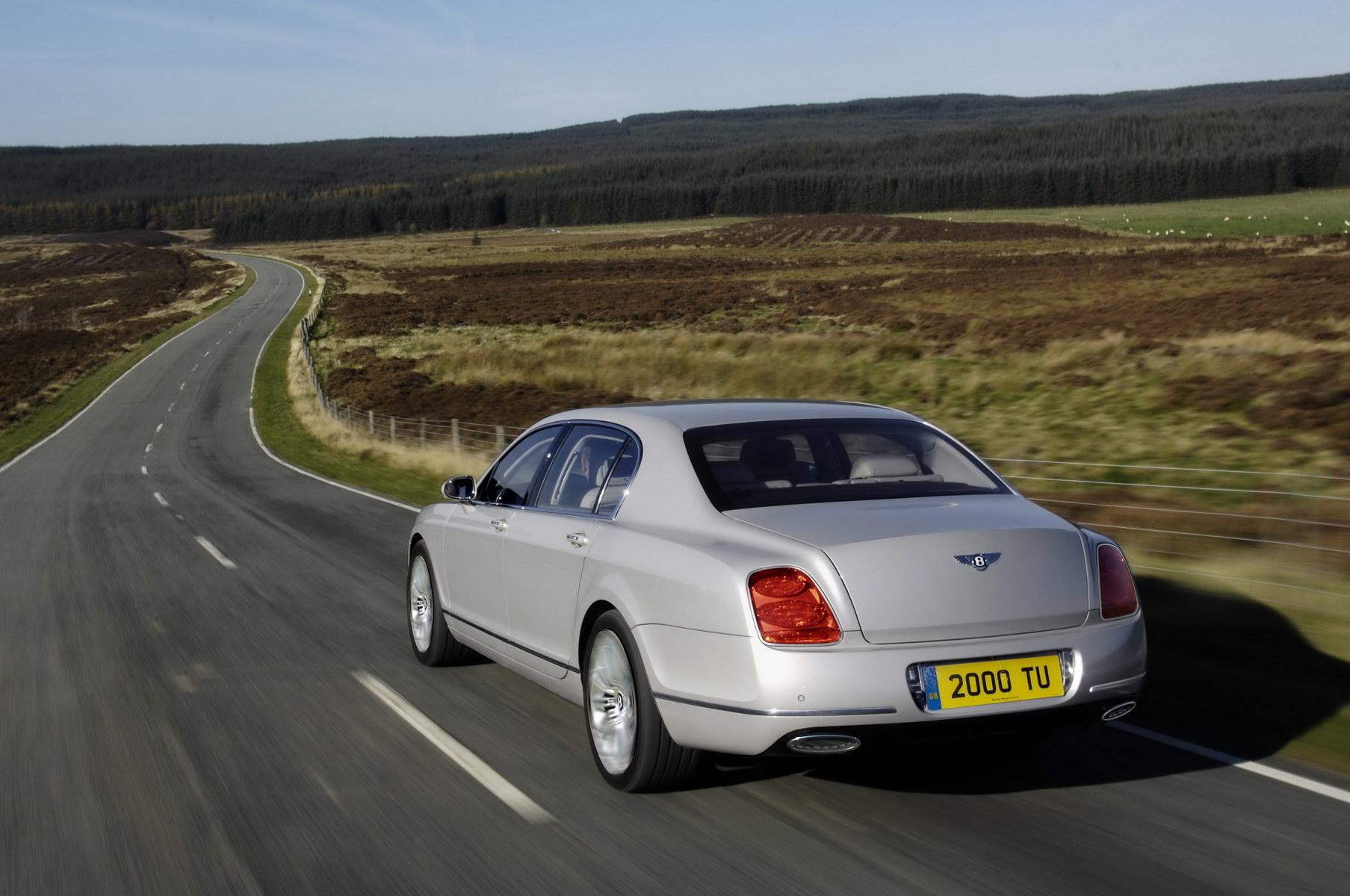 Kr³lowie prędkości wśr³d luksusowych limuzyn Bentley Continental