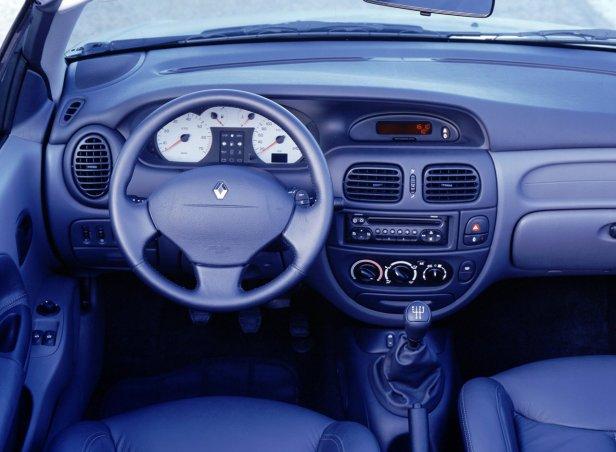 Renault Megane ICabrio Wnętrze