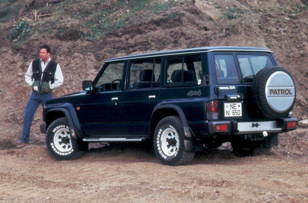 Nissan_Patrol_1991