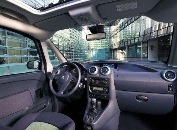 Peugeot 1007 Wnętrze