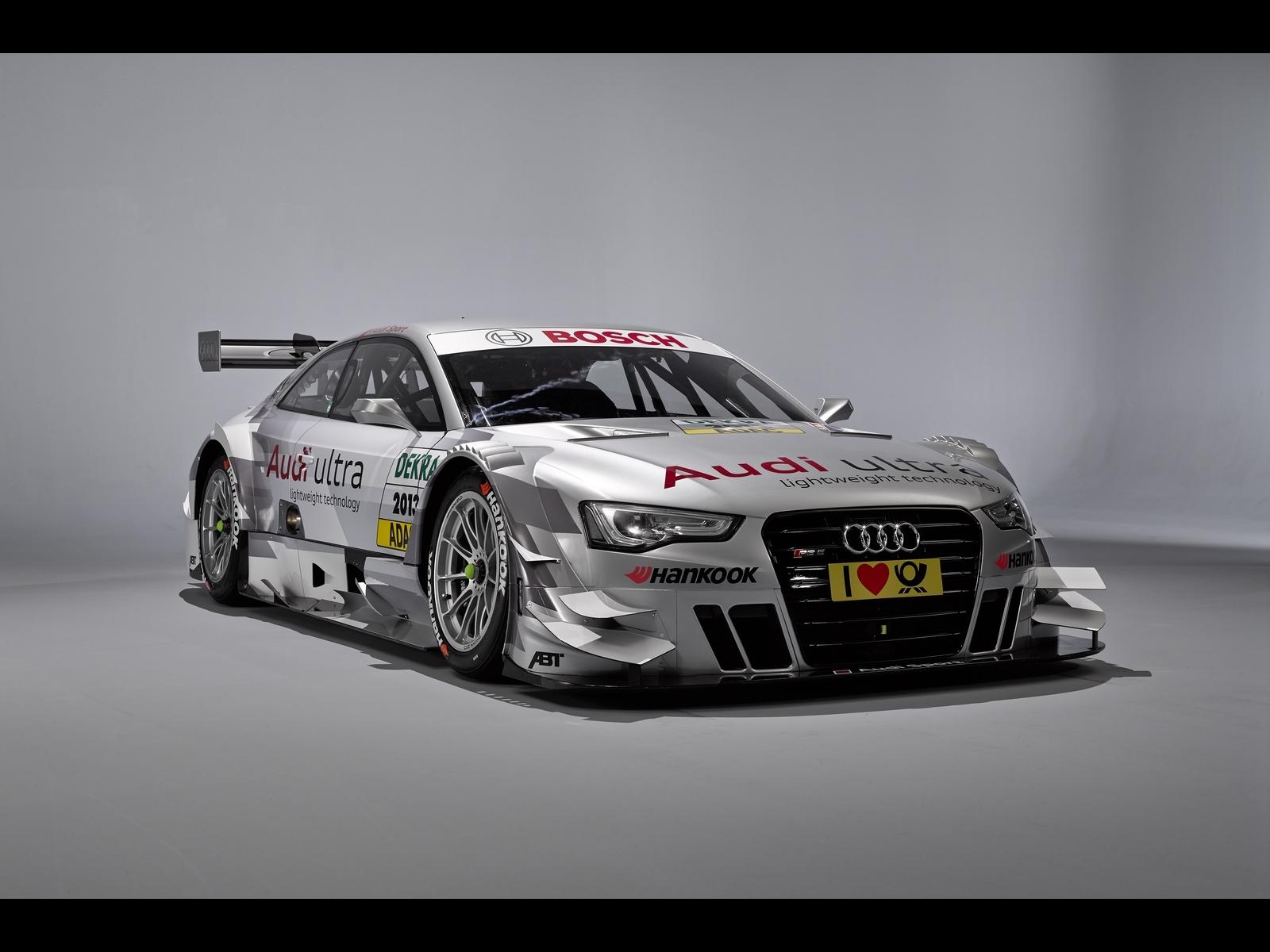 Audi-RS5-DTM-fot.1-291342.jpg
