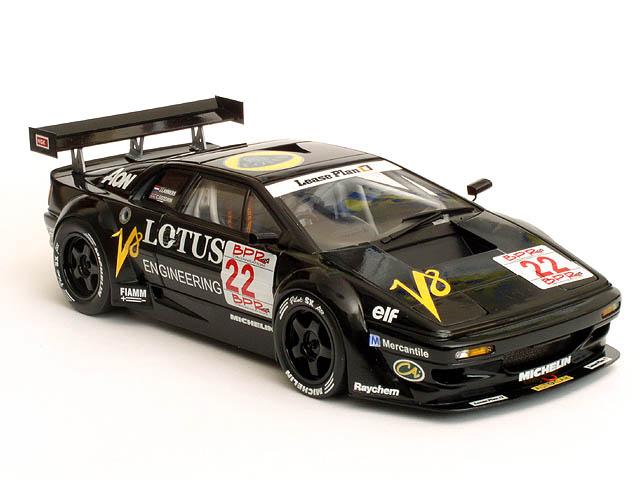 Lotus-Esprit-V8-GT1-fot.4-299546.jpg