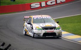 Ford Falcon V8 Supercar fot.2 (Benchill) - Ford Falcon (BA) V8 Supercar (2003)