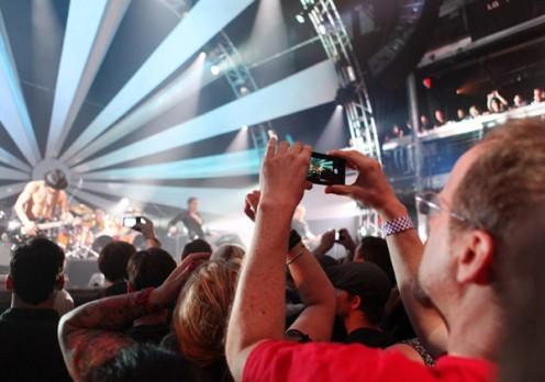 LG Swift 3D nakoncercie Jane's Addiction | fot. lg.com