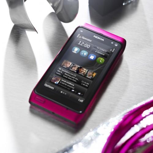 różowa Nokia N8 - Różowa Nokia N8 specjalnie dla pań! [wideo]