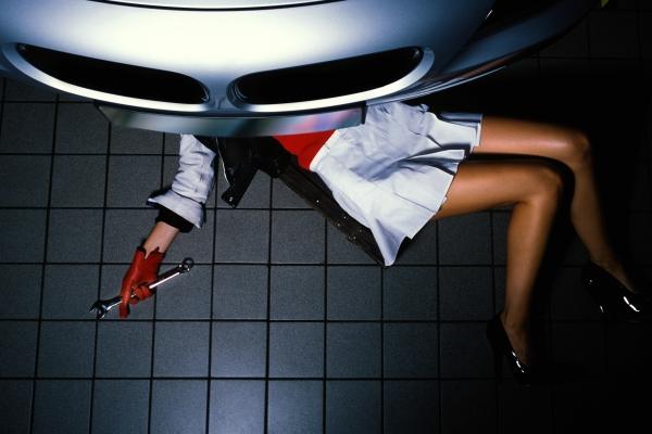 Kobieta mechanik
