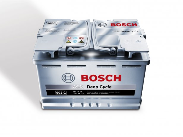 Akumulator | fot. materiały prasowe Bosch - Rozruch samochodu z kabli